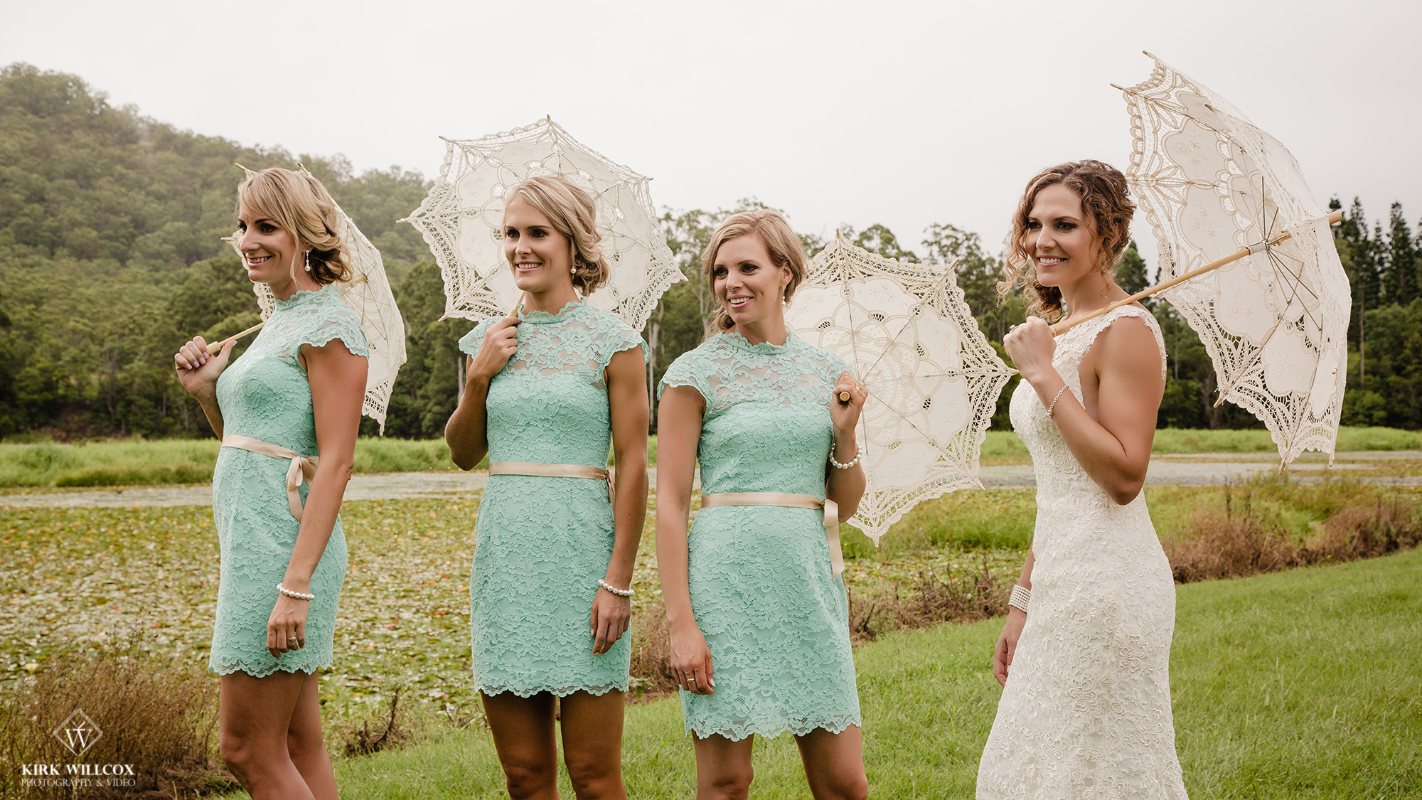 bride and bridesmaids wedding photography