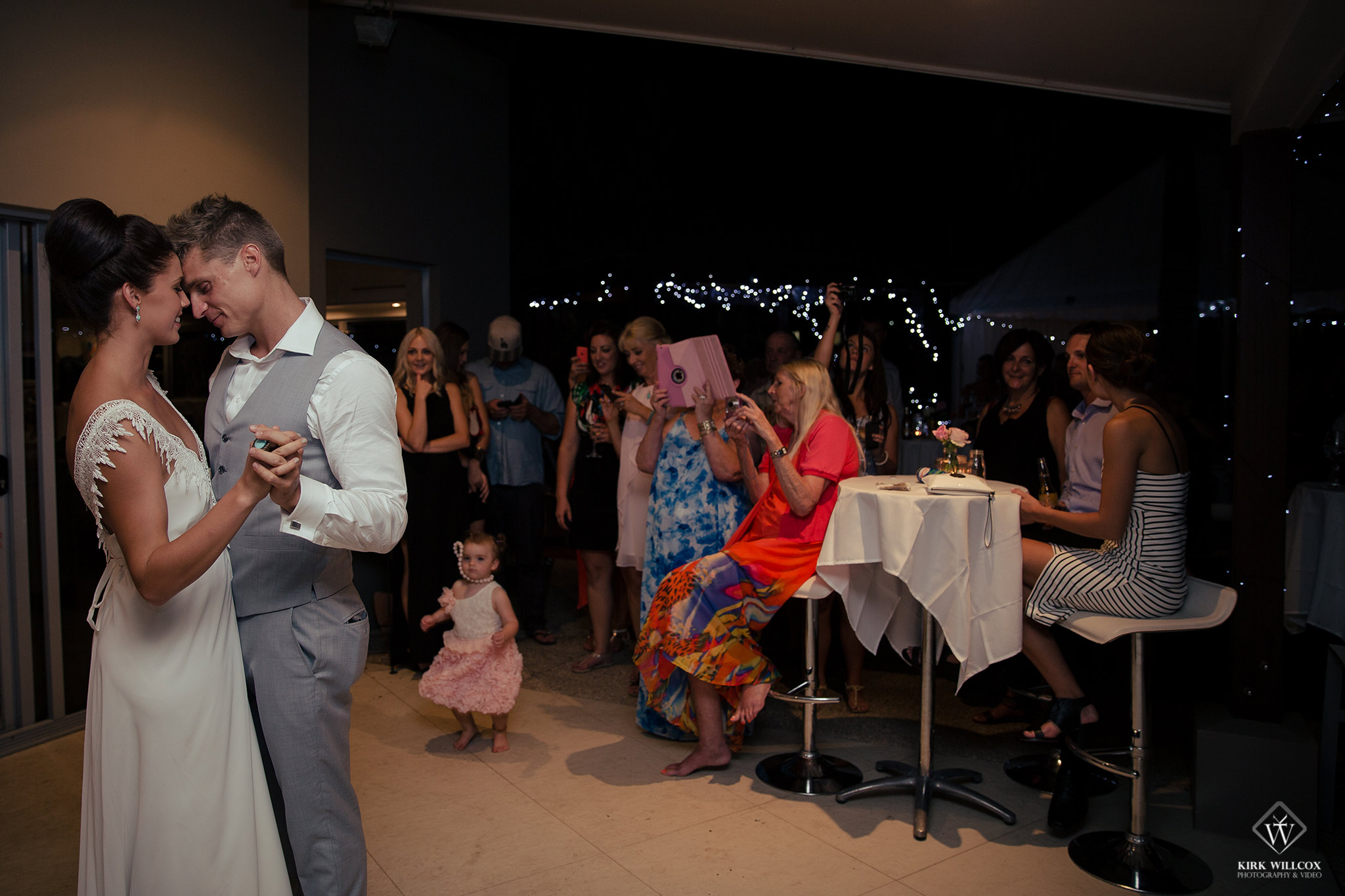 first dance bride and groom wedding photography