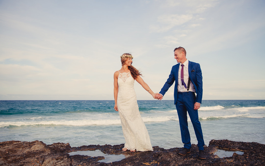 Laura & Dan – Currumbin Beach, Gold Coast wedding