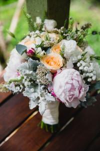 wedding bouquet flowers