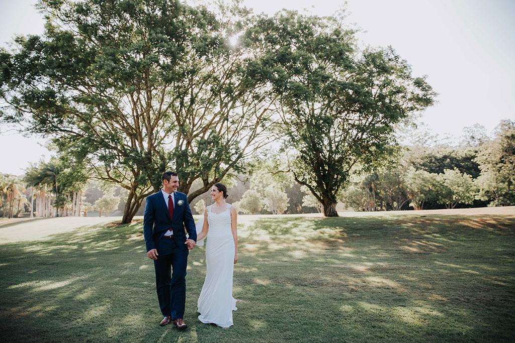 gold coast photographer at boomerang farm wedding