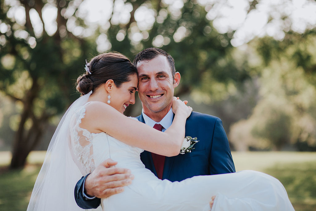 gold coast wedding photography by photographer kirk willcox