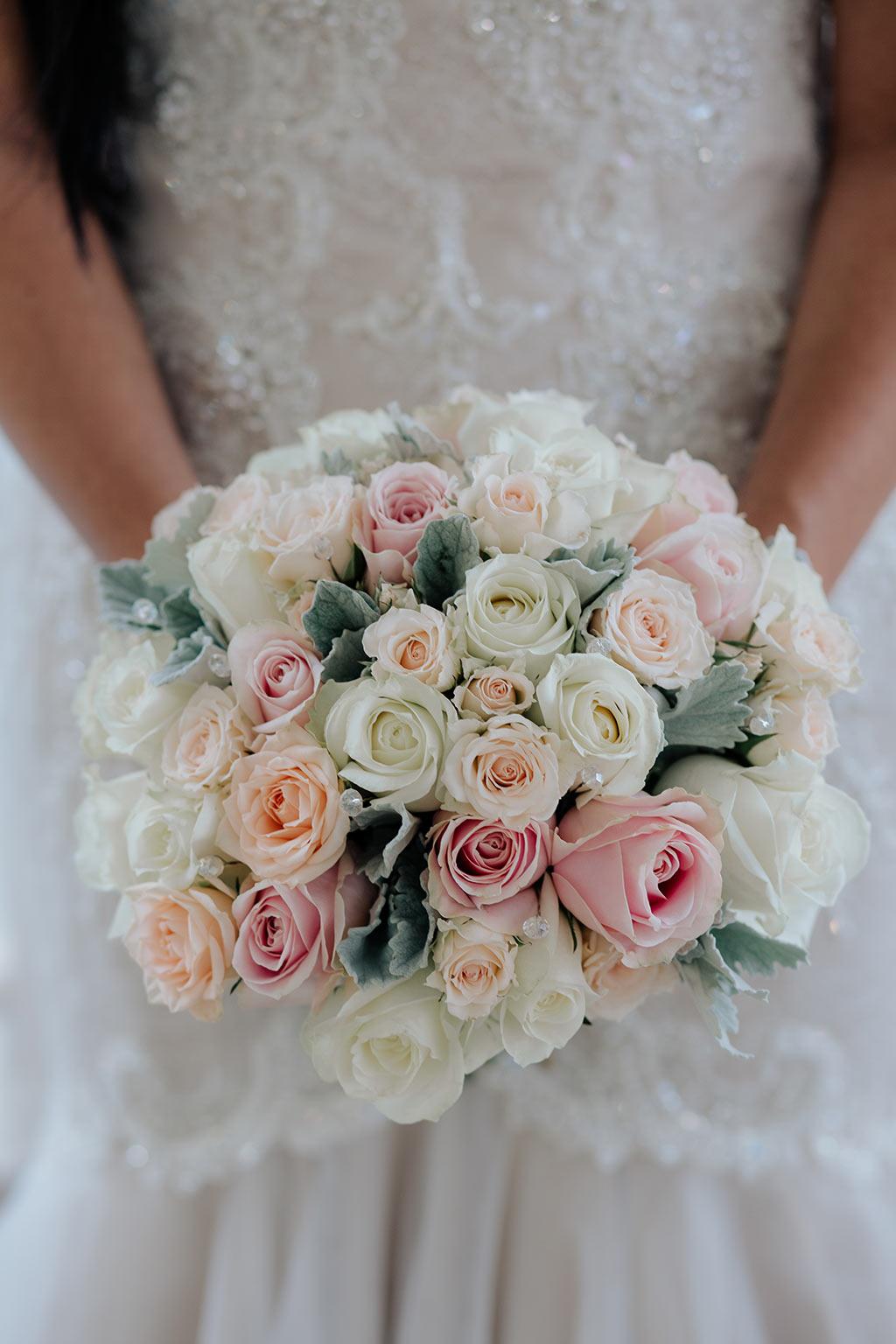 gold coast wedding flowers