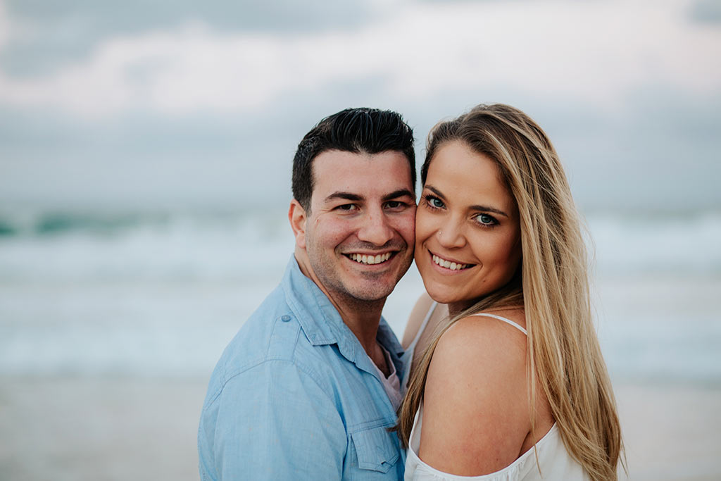 couples engagement shoot on the Gold Coast