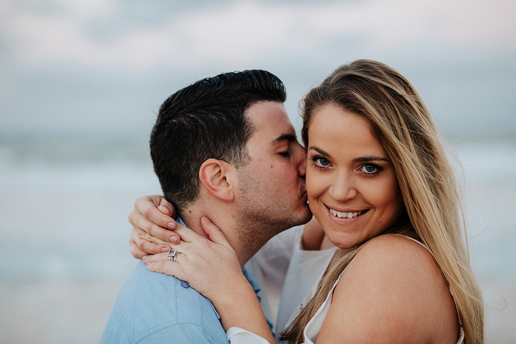 couples engagement shoot in the Greek Islands